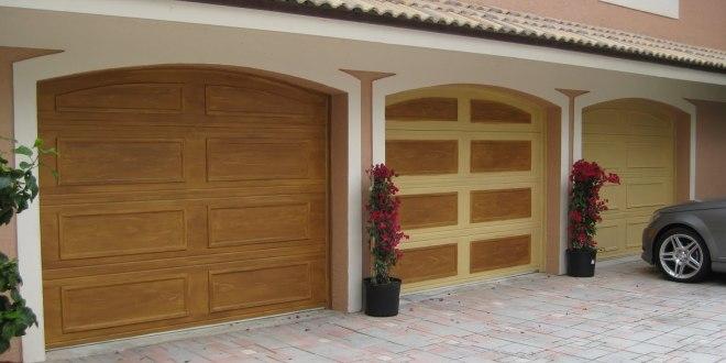 Lesena garažna vrata